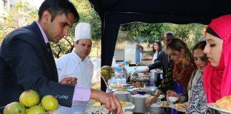 5 Guests enjoying Pakistan Mango Festival at Ankara
