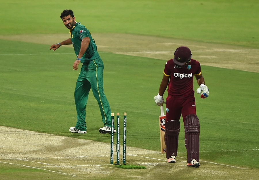 ABU DHABI, UNITED ARAB EMIRATES - OCTOBER 05: Sohail Khan of Pakistan celebrates taking the wicket of Evin Lewis of West Indies during the third One Day International match between Pakistan and West Indies at Zayed Cricket Stadium on October 5, 2016 in Abu Dhabi, United Arab Emirates. (Photo by Tom Dulat/Getty Images)