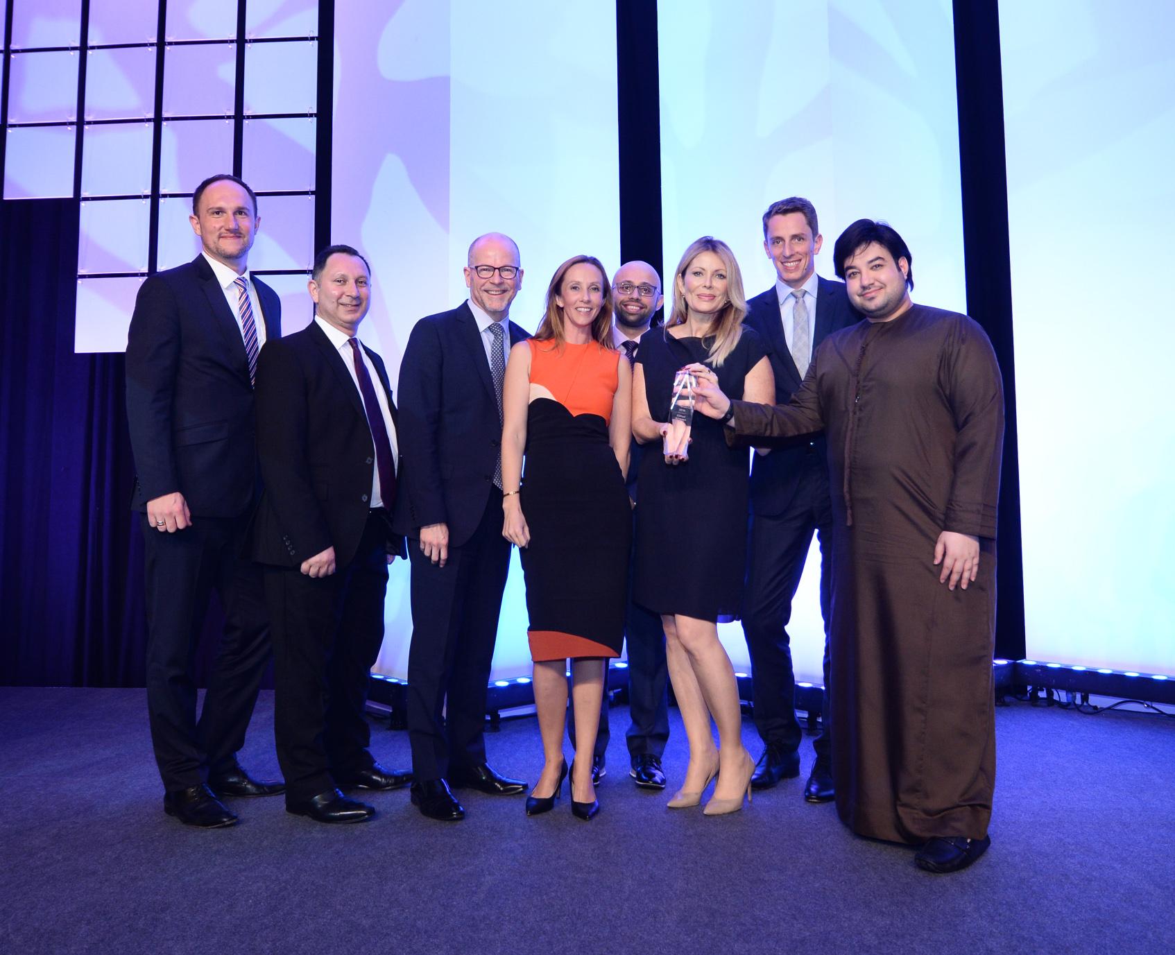 etihad-airways-team-accepts-best-original-video-award-2016